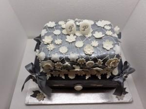 Torta Per 25 Anni Di Matrimonio Per Cosa Optare Che Nozze