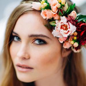 nozze fiori sposa capelli