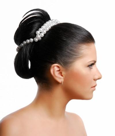 acconciatura-da-sposa-con-perle