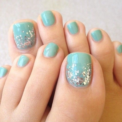smalto-verde-unghie-piedi